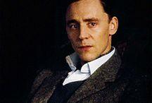 Tom Hiddleston GIFs