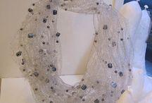 Crochet metal
