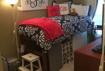 Future dorm room / by Elycia Lindsey