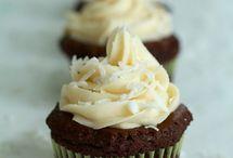 Cupcakes / by Kathy Banhagel-Brandt