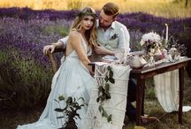Lavender & Love / Gorgeous wedding inspiration palette from Fall/Winter 2016 issue! Rivkah Photography Outlooks for Men Fleurtacious by Lynda Marie Trend Decor Prive Beauty Lounge Long Meadow Farm The White Peony Studio 2 Hair Designs