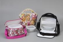 Urban Set / Conjuntos de bolsa isotérmica y containers para hacer más sencillo y cómodo el transporte de todo tipo de alimentos