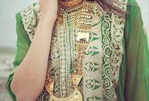 Jalabiya's Styles / by سارة