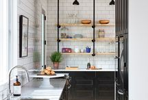 Kitchens / by Alicia Flatin