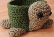 Es crochet / by Dawn Beat