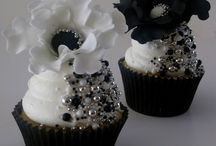 Black & white Chanel wedding