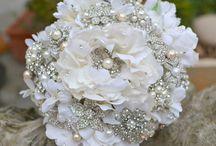 Wedding Inspiration / A hopeful romantic i am, love! love!! love!!!