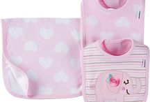 Gerber | Baby Bibs & Burpcloths / Baby bibs and burpcloths from Gerber will keep your little one clean before, during, and after even the messiest of mealtimes. Always have a clean replacement on hand! #GCWbaby