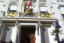 """Flashmob solidario en Huesca / """"Todos somos raros, todos somos únicos"""", con la colaboración de la Asociación Izás, la princesa guisante, hemos celebrado un Flashmob solidario con el objetivo de recaudar fondos para las enfermedades raras. ¡Aquí tenéis las imágenes!"""
