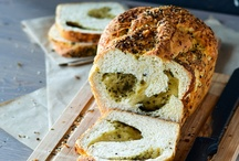 Breads!!! Nom Nom Nom Nom!!!! / Is there anything more delicious than bread? If you think otherwise just take a look...