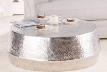 Beistelltische / Egal ob aus Holz, Metall oder Glas - Beistelltische sind nicht nur nützlich, sondern sorgen auch für einen echten Hingucker im Raum.