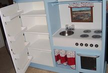 DIY Play Kitchens / by Natalie The Busy Budgeting Mama