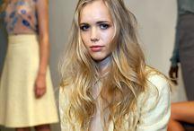 Blonde hair / by Tara Wagner