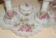 dresser table set roses