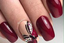Modele pe unghii