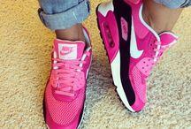 Nike / Kenkiä