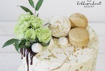 Macaronit / Macarons / Ihanat pienet macaron-leivokset sopivat kakunkoristeiksi ja tietenkin myös juhlapöytään kuohuviinin tai kahvin seuraksi.