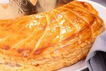 Galettes des rois / Qu'est-ce qu'on attend le plus en janvier ? La galette des rois ! Voici beaucoup de recettes de galettes des rois pour régaler petits et grands.