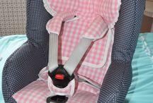 """Bekleding voor je Maxi Cosi autostoel -onderweg / Ziet je Maxi Cosi bekleding er niet meer fris uit? Of is het dun geworden en ligt je kindje er niet meer lekker in? Dan wordt het tijd voor een nieuwe bekleding , en waarom dan niet meteen helemaal naar wens gemaakt? Geen saaie bekleding meer, Wazzhappening """"pimpt""""je Maxi Cosi autostoel."""
