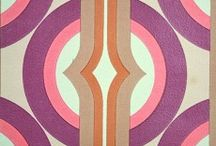 Geometric Wallpapers from the '70s / Original retro vintage wallpapers from the 1970s with geometric pattern