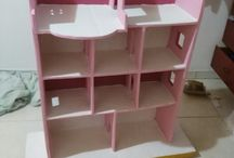 casita de muñecas de cartón