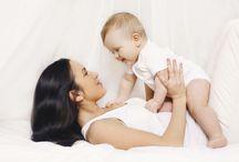 Mami / Ein Kind verändert das Leben schlagartig! Plötzlich dreht sich Deine ganze Welt um Deinen kleinen Liebling und Du möchtest als Mami alles richtig machen. Hier findest Du findest Du alles Wissenswerte rund um die Themen Kinderwunsch, Schwangerschaft, Baby und Kind.