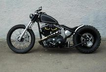 Choppers and bobbers / Motorcycles