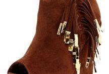 Shoe's / by Joyce Collins