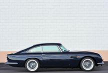Aston martin / classic car