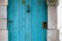 Chakra 5 : the throat chakra / Blue / by Vari Longmuir || Buttercup Ink