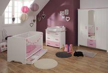 La chambre de Bébé / Découvrez les belles chambres bébés que vous propose le site wwww.capitaine-matelas.com, des chambres pour tous les goûts #ChambreBébé