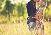 Wedding: Engagement Photo Ideas / by Viv Wong