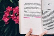 Könyv □