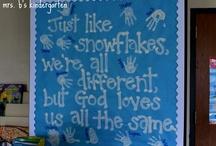 Bulletin boards / by Caitlin Leese
