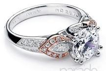 Pretty jewelry / Beautiful jewels.
