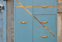 Furniture to Love / by Ruth Poppe