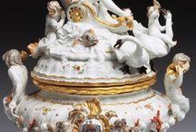 Antic porcelain