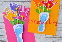 Äitienpäiväaskarteluja