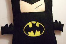 Almofadas de super heróis