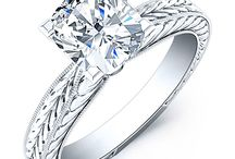 Cushion Solitaire Diamond Engagement Ring / Nothing shows commitment like a beautiful solitaire cushion engagement ring that will last forever. Let shop and find your perfect ring today with Beverly Diamonds