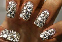 birthday nails / by Liala Tesfa
