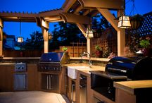 outdoor kitchen / by Syrena Hopkins