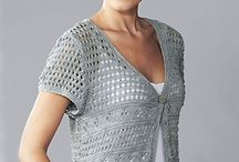 Knitted lacy cap-sleeved cardigan