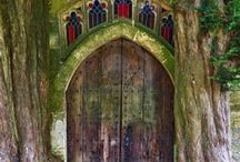 Cool Doors! / by Cathy Couri