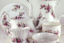 Vintage cups & tea pots