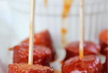 Appetizers/Tailgating Food / by Amber Artz-Adams