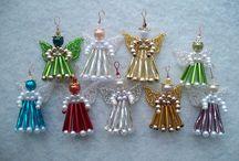 Vánoční ozdoby - korálkové - Andělíčci