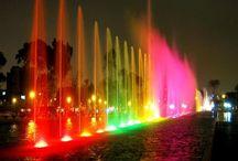 Parques de Lima / Estos son los mejores parques de la capital del Perú, Lima. Se encuentran el Parque de la Exposición, Parque Kennedy, el Circuito Mágico del Agua, entre otros. Siendo éstos los más visitados por todos los turistas que gustan de los paseos por la capital.