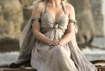 Daenerys for Halloween? / I'm thinking so! So long as I find the time to make a killer costume!