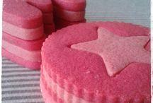 Grey day? Pink cookies! / Grey day? Pink cookies!